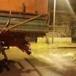 Σε όλο το οδικό δίκτυο ευθύνης του επιχειρεί με μηχανήματα ο Δήμος Κατερίνης